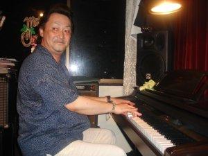 Eiji Hayashi (Tony) - Keys