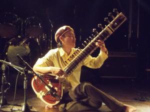 Shinya Asakura - Sitar