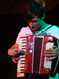 Joe Davin - Accordion, Autoharp and it all Harks Back to a Lightning Bolt Concert.