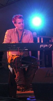 Dave Smale - Keys and Synth