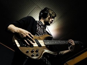 Ollie George - Bass, Keys, Electronic Drums, Ukulele, Harp and a Strong Sense of Spontaneity