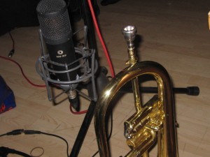Vicky's Flugelhorn and the Mic that listens to it